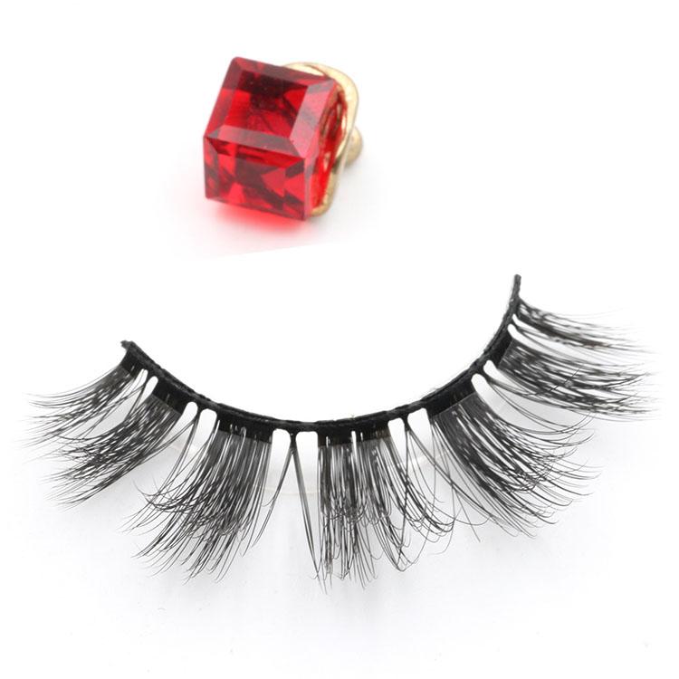 Custom eyelash packaging box for glamorous 3D faux mink lashes