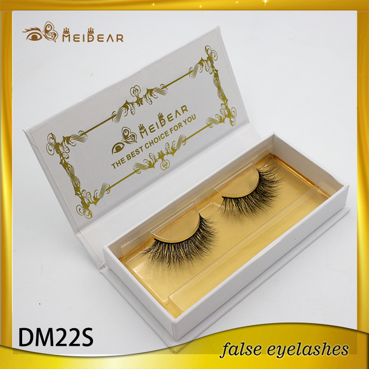 Natural looking eyelashes 3d mink lashes in custom package