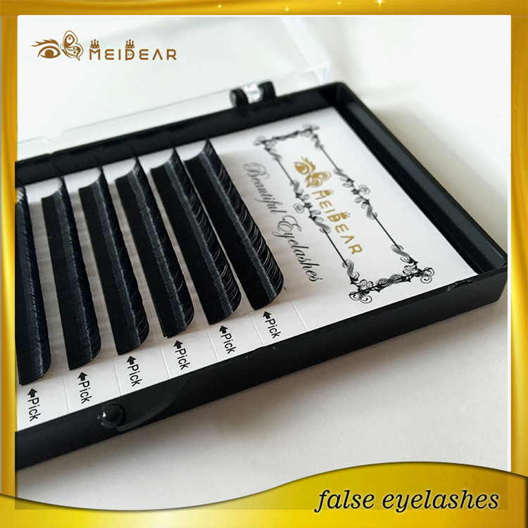 Customized cases with faux mink eyelash extensions by wholesale price