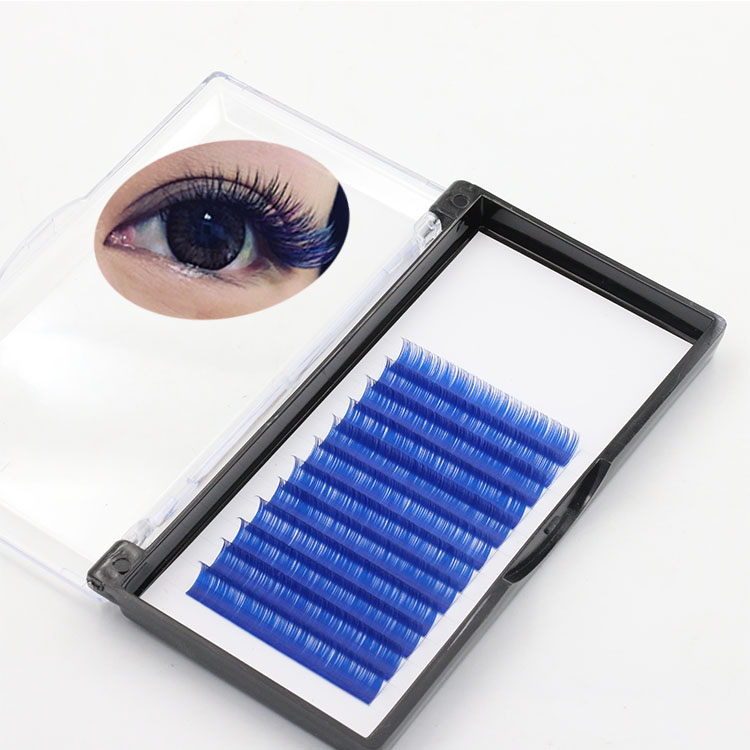Lash manufacturer UK provide lightweight and comfortable colored extension eyelash
