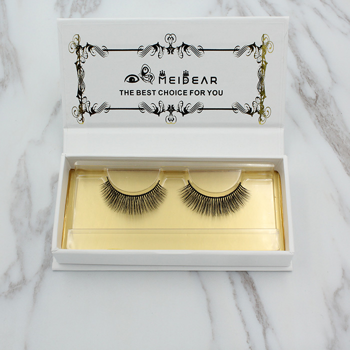 3d lash extensions in fashion style